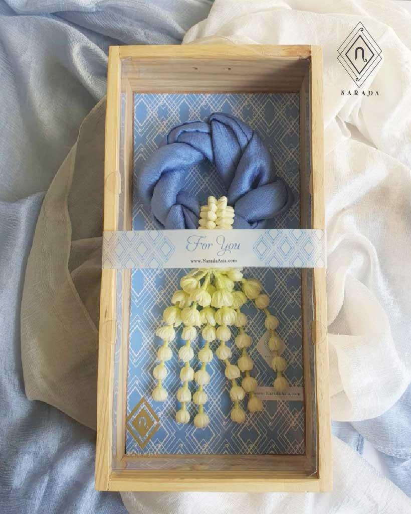 ของขวัญ มาลัยผ้าไหมมุก อุบะมะลิบาน ในกล่องไม้