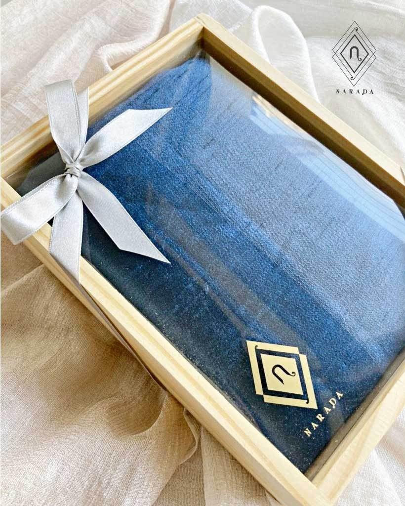 ของขวัญ ผ้าไหมมุก ในกล่องไม้ (16ชุด 315.-)